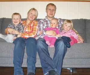 Jere,Niina,Janne, Elma ja Elda